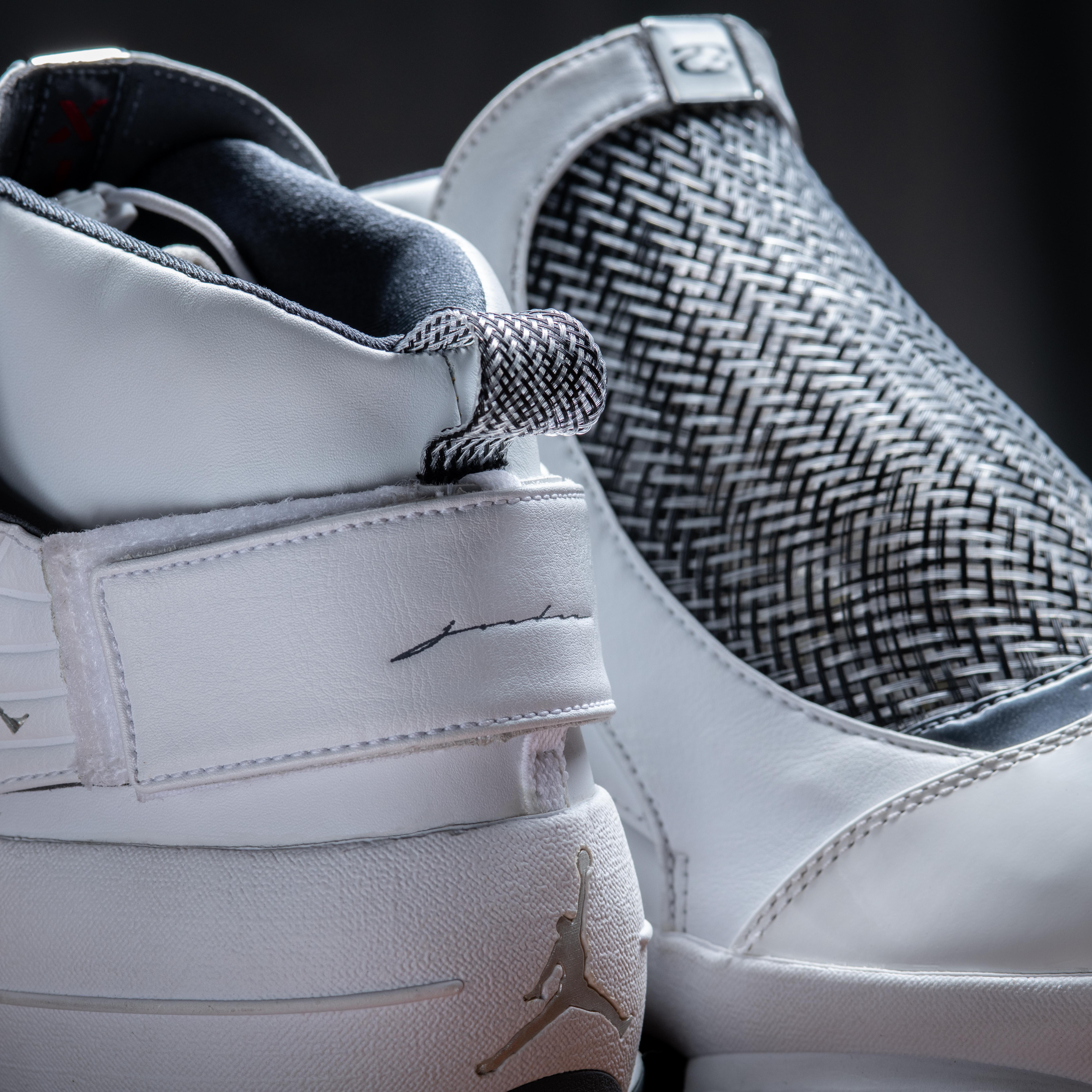 Air Jordan XIX